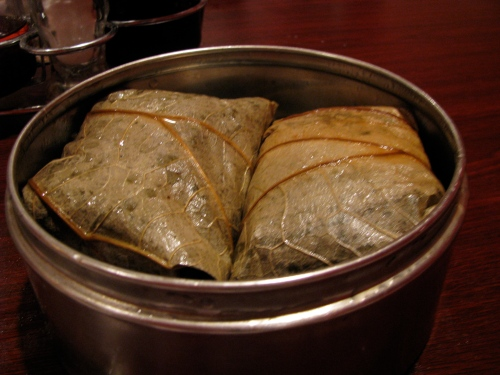 rice in lotus leaf, dim sum
